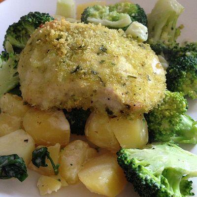 Panierte Putenbrust auf Kartoffel-Brokkoli-Gemüse