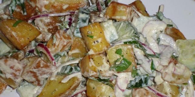 Lauwarmer Kartoffel-Gurken-Salat