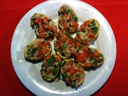Bruschetta mit Tomaten © Monika Cartwright