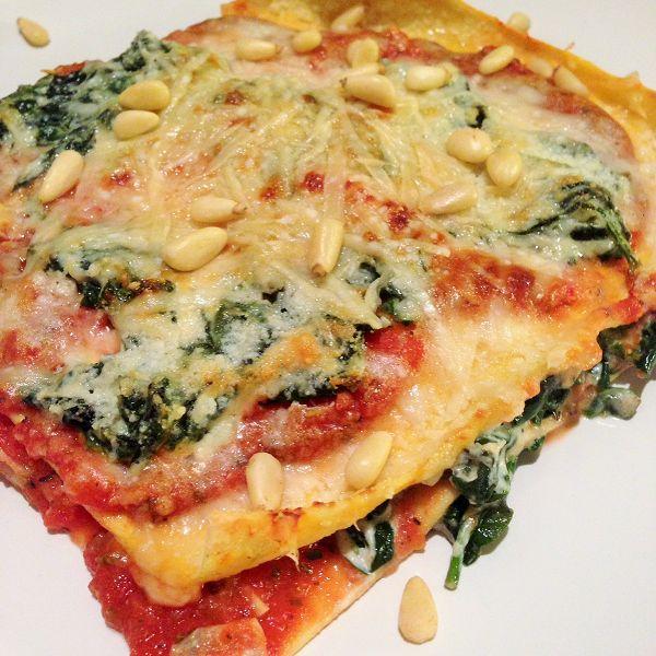 """Lasagne """"Tricolore"""" mit Blattspinat, Ricotta und selbstgemachten Nudelplatten"""