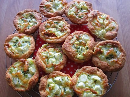 Mini-Spargel-Quiches © Monika Cartwright
