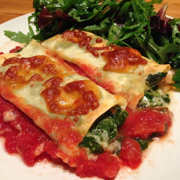Ricotta-Spinat Cannelloni mit selbstgemachten Nudelplatten