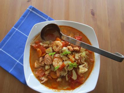 Fischsuppe mit Gemüse © Monika Cartwright