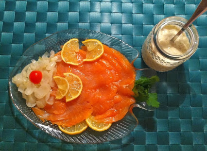 Salmon with cream dill Sauce