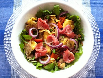 Tortelloni-Salat © Monika Cartwright