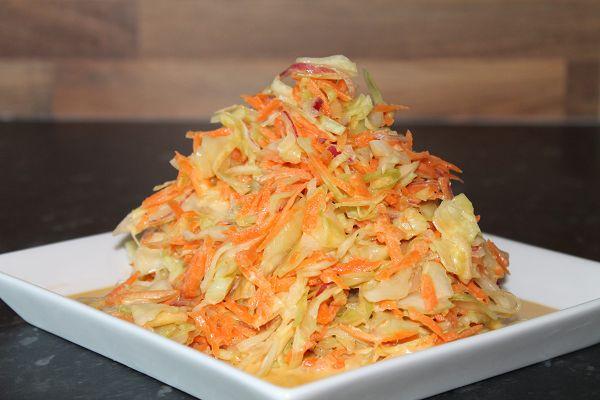 Weisskohl-Karotten-Salat