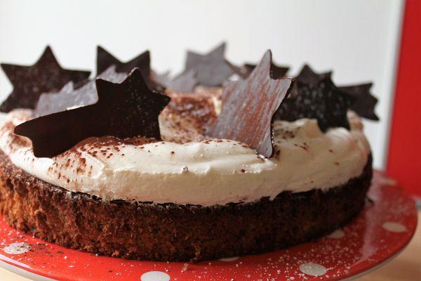 Weihnachtliche Mascarpone Sahne Torte